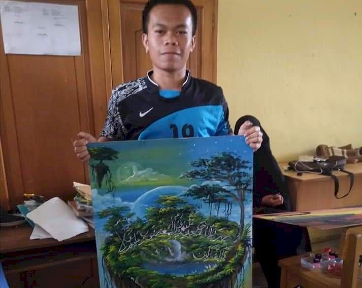 Isi Waktu Luang di Tengah Corona, Pemuda Kerinci Ini Asah Kemampuan Bakatnya dengan Melukis