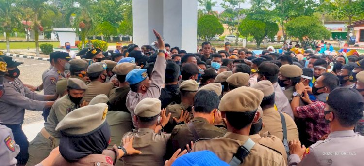 Bukan Hanya di Jambi, Ratusan Kader PMII di Merangin Geruduk DPRD