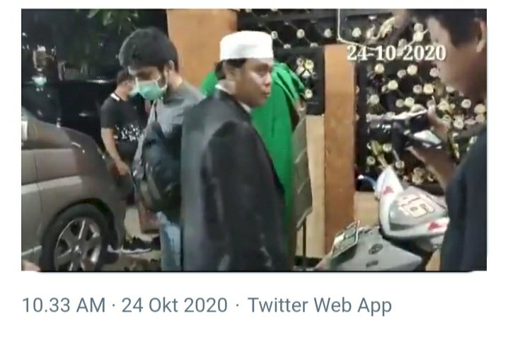 Tampak Tenang, Detik-detik Gus Nur Ditangkap Bareskrim