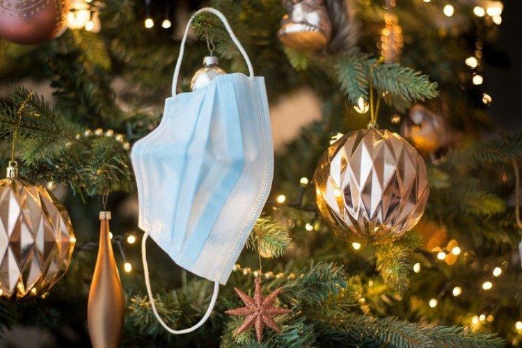 Menikmati Liburan Natal dan Tahun Baru di Tengah Pandemi COVID-19