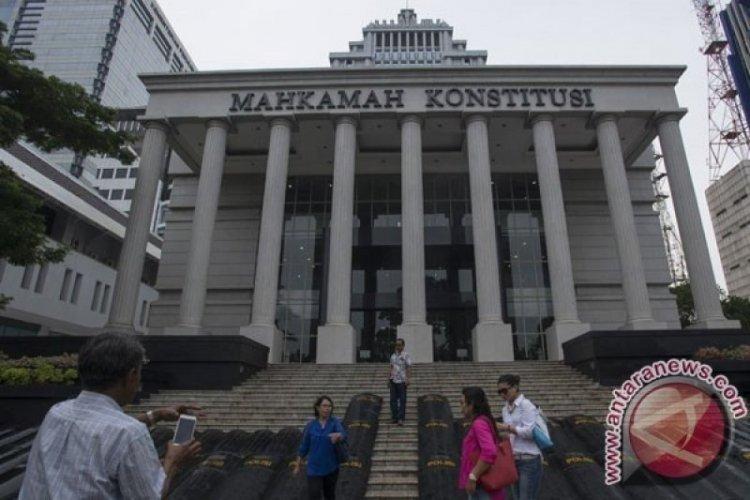MK Tolak Gugatan Rizal Ramli soal Ambang Batas Presiden