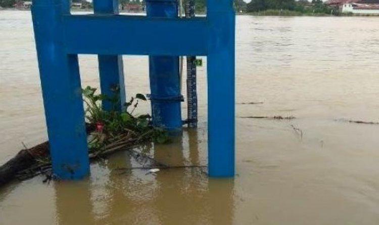 Debit Sungai Batanghari Naik Signifikan, Warga Diminta Waspada
