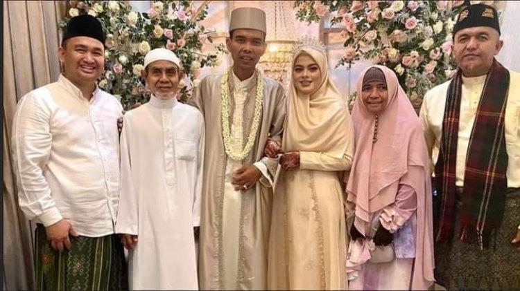 Akhirnya UAS Menikah, Ini Alasan Menikahi Sang Istri Fatimah Az Zahra