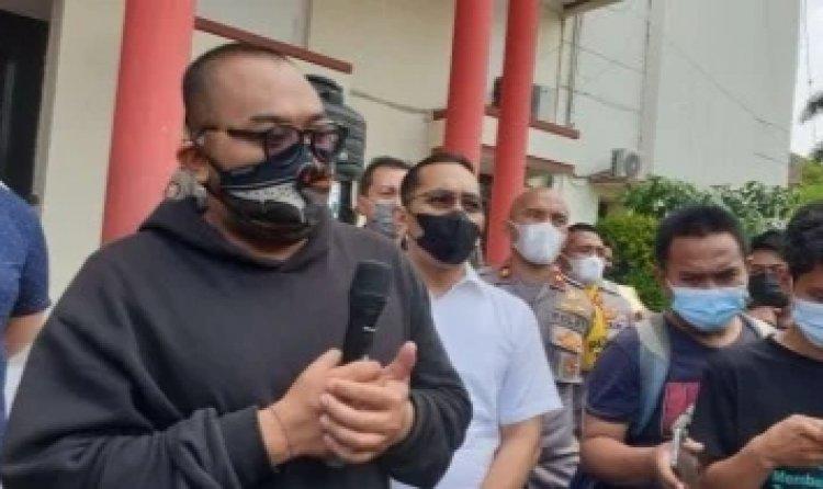Maki-maki Pengunjung Mal Pakai Masker Bodoh, Pria Brewok Ini Minta Maaf: Saya Menyesali Kata-kata tidak Pantas