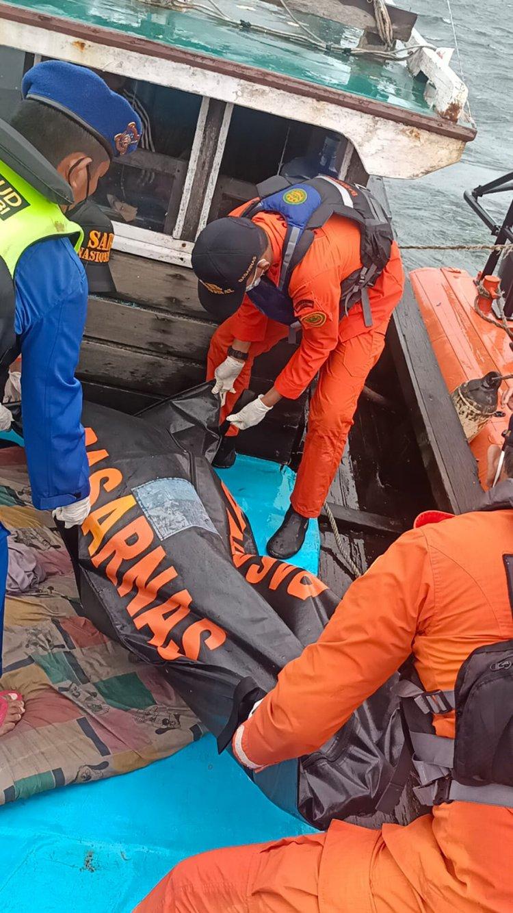 30 Jam Hilang, Akhirnya Nelayan Asal Tanjab Barat yang Tenggelam Berhasil Ditemukan