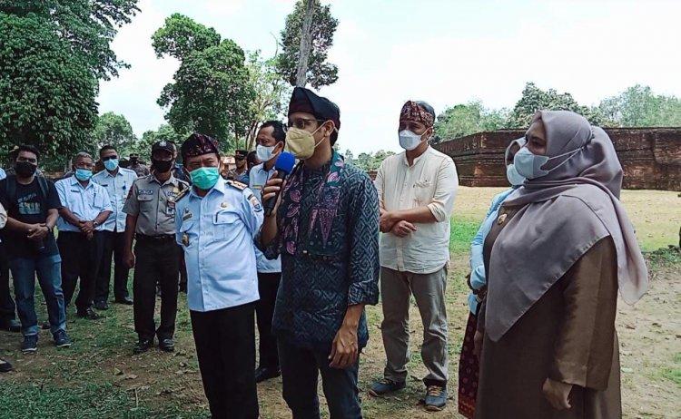 Kagumi Candi Muaro Jambi, Menteri Nadiem: Dulu Orang Cina dan India Belajar ke Sini