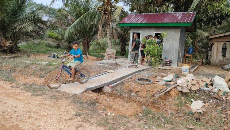 Pengakuan Anak-anak Dusun Kemantan, Tebo-Jambi: Senang Ada Bapak Tentara di Desa Kami
