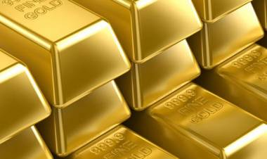 Hari ini, harga emas turun Rp 1.000 menjadi Rp 649.000 per gram
