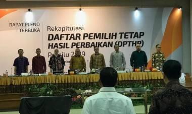 Gelar Rapat Pleno, KPU Bersih-bersih DPT Ganda