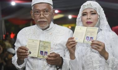 Aa Gym Beri Nasehat 557 Pasang Ikut Nikah Massal di Malam Pergantian Tahun