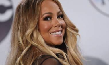 Mantan Asisten Pun Digugat Mariah Carey