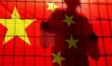 16 Tahun Kabur, Mantan Dirut BUMN China Serahkan Diri