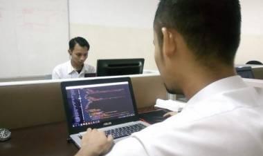 Punya Keinginan Jadi Programmer, Harus Kuliah atau Cukup Otodidak?