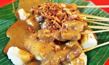 Asyik Wisata Kuliner di Padang, Ada Festival Sate Nih!