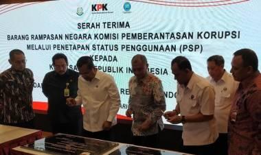 KPK Serahkan 3 Barang Rampasan Rp 110 M ke BNN dan Kejagung