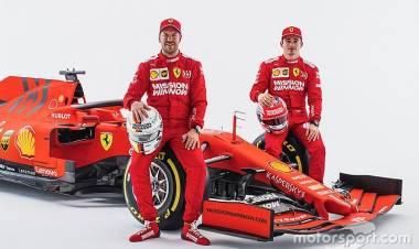 """Duo Pebalap Ferrari Vettel, Leclerc """"Bebas Bertarung"""" di Trek"""