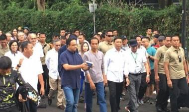 Beda Anies Jokowi, Anies Tiba Tanpa Pengawalan, Jokowi Hadir Pengawalan Ketat di MRT