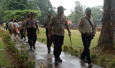 Seratusan Polisi Jaga Perayaan Waisak di Candi Muarojambi