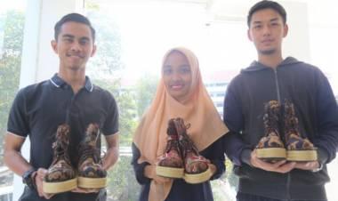 Sepatu 4 In 1 Inovasi Mahasiswa UMM Diminati Jepang