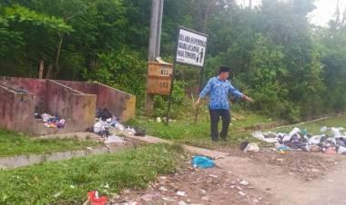 Cek Sampah di Tepi Jalan, Saipullah: TPS Sudah Disiapkan Tapi Buang Sembarangan
