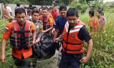 Jecky Chen: Banjir Kota Pekanbaru, Seorang Ibu Tewas Terseret Arus