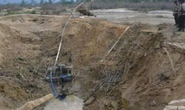 Menambang Emas Illegal, Dua Warga Batang Asai Tertimbun Longsor