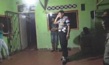 Usai Ngamar dengan PSK di Pucuk, Pria Ini Ngaku Kehilangan Uang dan HP