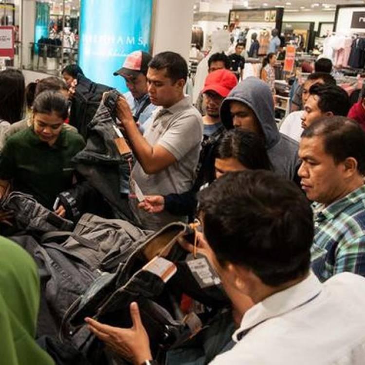 THR Turun, Saatnya Belanja Barang Branded untuk Lebaran
