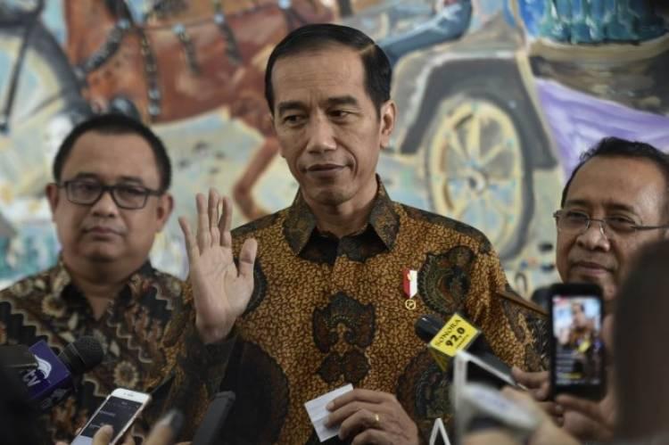 Jokowi Memastikan Memberi Bantuan kepada Korban Kapal Tenggelam di Danau Toba