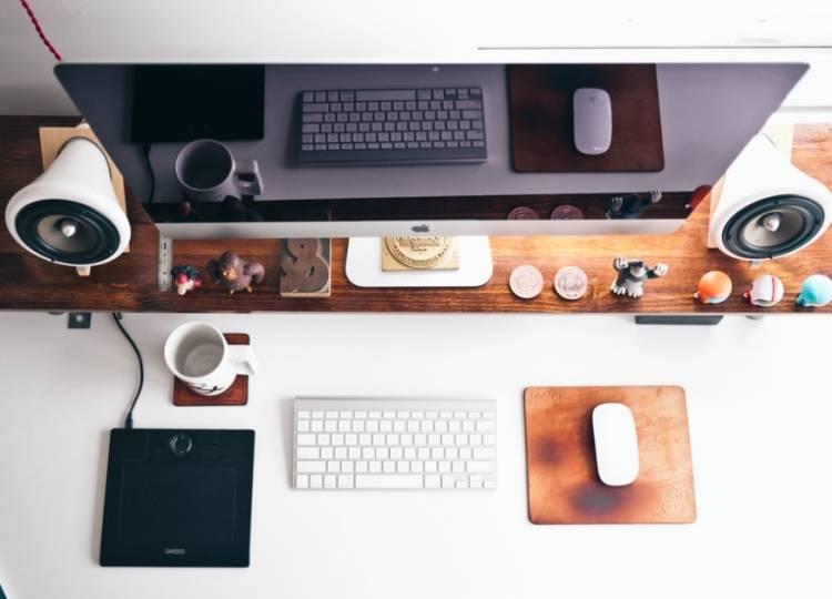 Mau Bikin Web Keren? Ini Nih 10 Aneka Gratisan yang Wajib diketahui oleh Web Developer