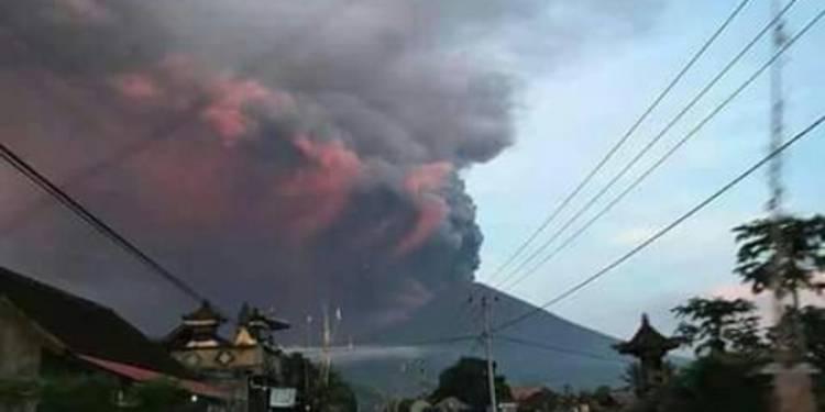 Inilah 4 Cerita misteri Gunung Agung di Bali