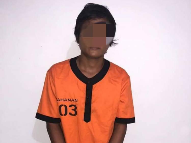 Ditangkap Polisi, Ini Penampakan Ayah yang Gorok Anak Bayinya Hingga Tewas