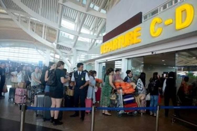 Pengelola Bandara Ingatkan Maskapai Arahkan Penumpang Kosongkan Senpi di Ruang Khusus