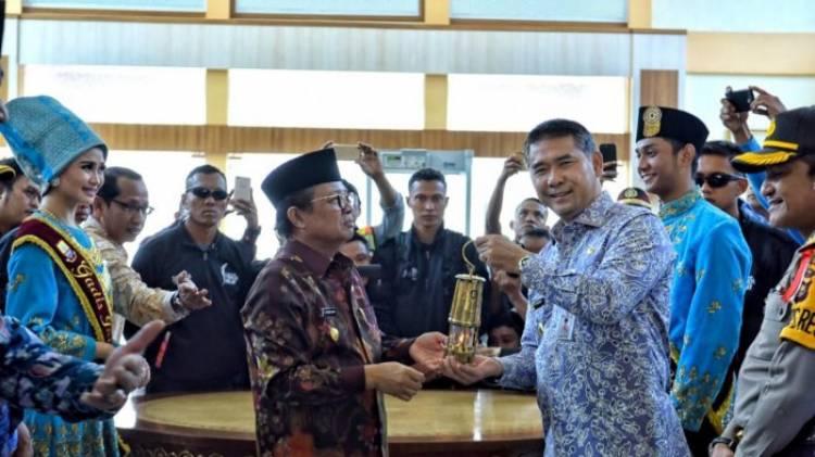 Kota Jambi Disinggahi Api Asian Games Walikota Fasha Ikut Bangga