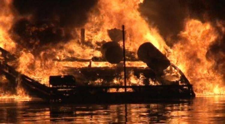 Speedboat Wisatawan Asing Terbakar di Perairan Taman Komodo