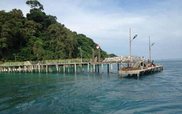 Berwisata ke Pulau Berhala Provinsi Jambi