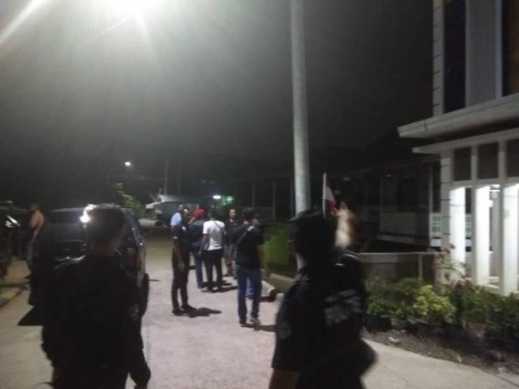 Polisi Kejar-kejaran dan Letuskan Tembakan di Pulau Pandan