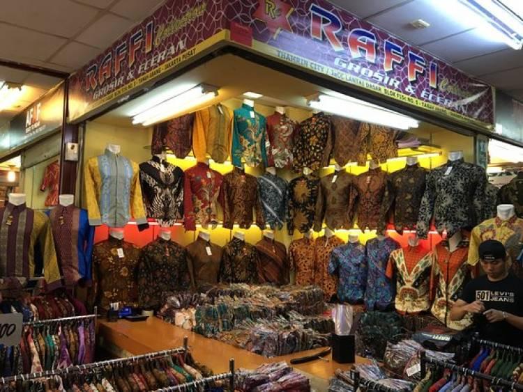 Kios Batik dan Cinderamata Paling Diminati Tamu Asian Games
