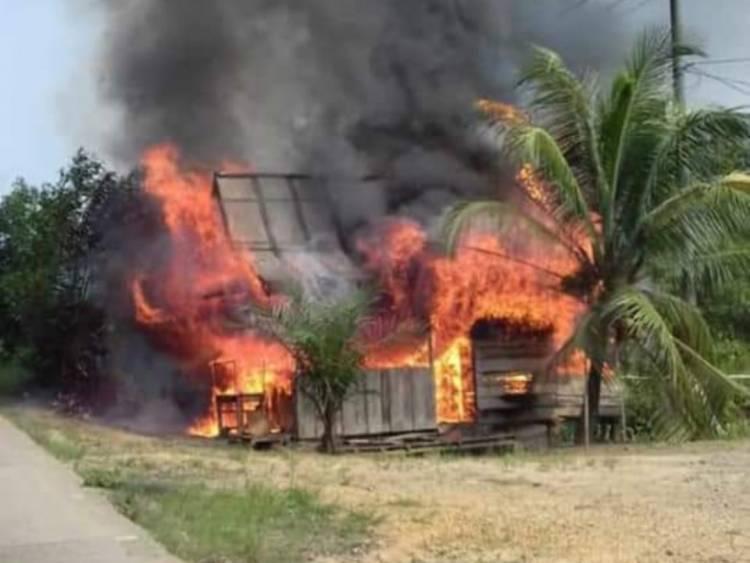 Warung Suhaimi Tempat Mencari Rezeki di Tembesi Ludes Dilahap Api
