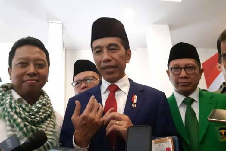 Premium Diumumkan Naik Tapi Kemudian Ditunda, Jokowi Malah Bilang Begini
