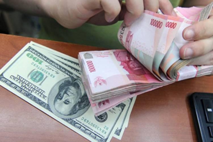 Nilai Tukar Rupiah Menguat Rp15.195 dari Rp15.197 Per Dolar AS