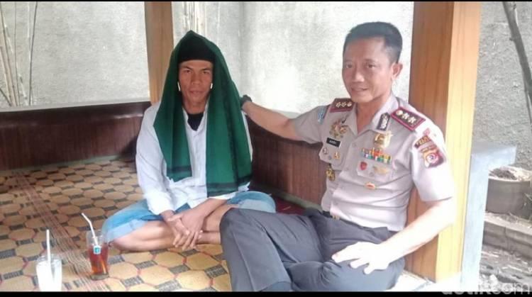 Pembawa Bendera Tauhid yang Dibakar Banser Ditangkap Polisi