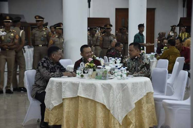 KSAD Mewisuda 131 Purnawira Pati TNI AD