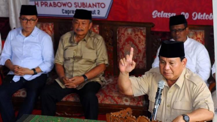 Memanas! TKN Jokowi-Maruf Laporkan Prabowo-Sandi ke Bawaslu