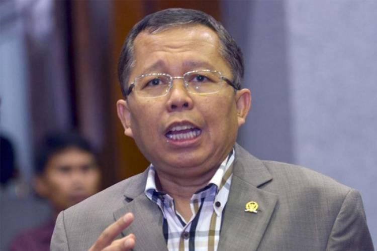 Sekjen PPP Sindir Prabowo Terapkan