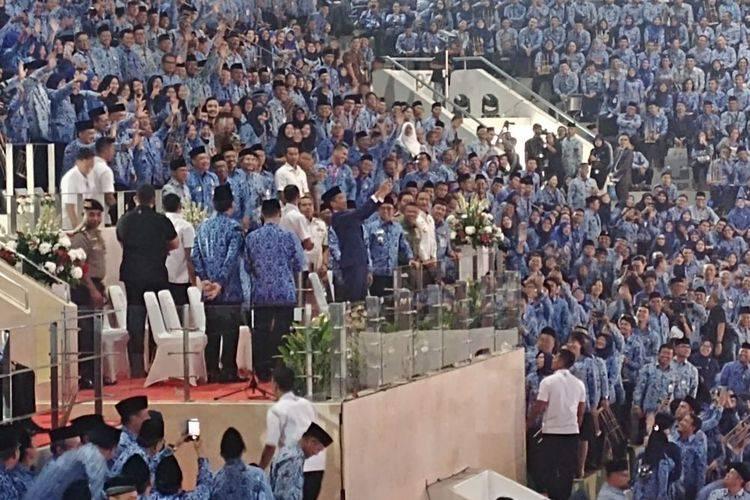 Revolusi Industri, Jokowi Minta ASN Manfaatkan Teknologi Layani Masyarakat