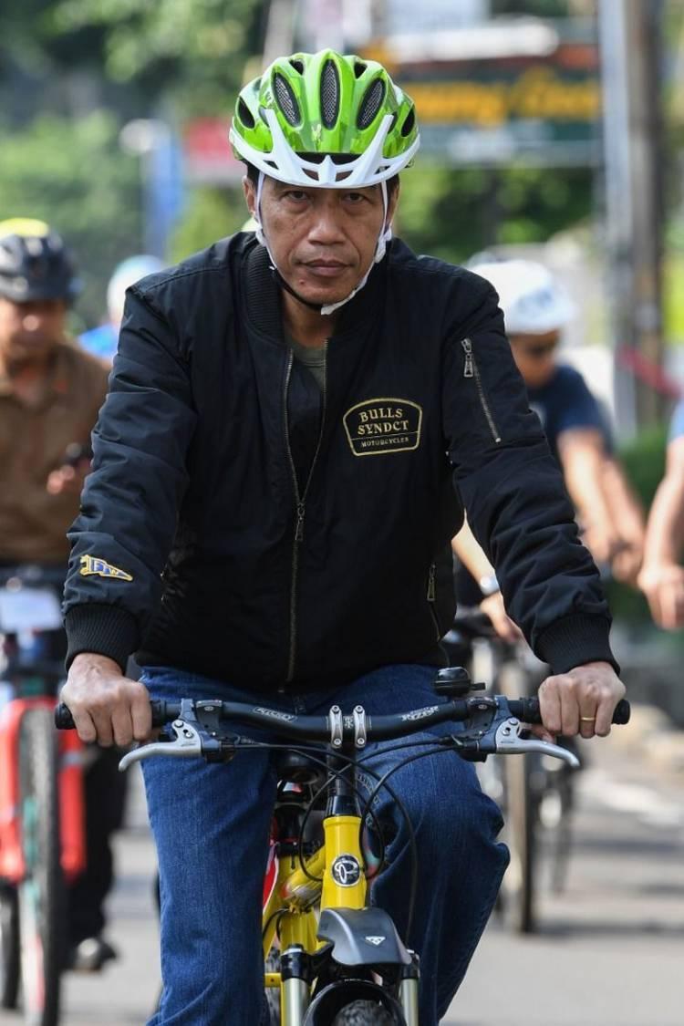 Jokowi Pergi ke Bogor Saat Massa 212 Penuhi Monas