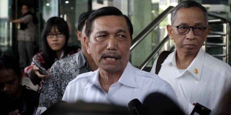 31 Pekerja Tewas Ditembak di Papua, Luhut: Tidak Elok!