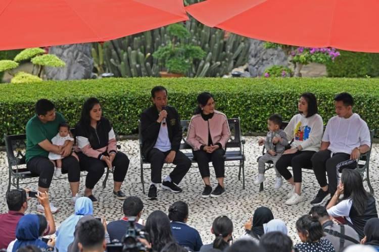 Jokowi Curhat Lagi ke Media! Susahnya Kumpulkan Anggota Keluarga