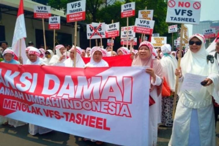 Travel Umroh Protes Kebijakan Rekam Biometrik Umrah
